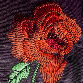 פרח רקום - An Embroidered Flower