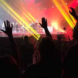 להקה בהופעה - A  Band In Concert