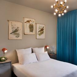 חדר וינטאג' במלון דייב גורדון - A vintage room in Dave Gordon Hotel