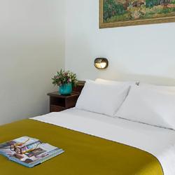 GALILEO Hotel - Badroom - מלון גלילאו, מיטה בחדר