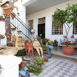 הכניסה לבית רוקח - The Entrace To Rokach House