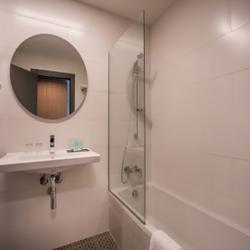 האמבטיה במלון - Hotel Bath