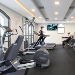 מלון אדמונד - חדר כושר - Edmond hotel - gym