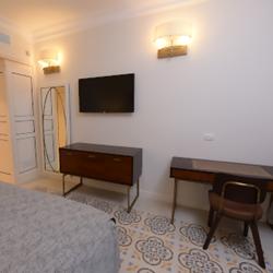 מלון אדמונד - מראה חדר - Edmond hotel - room view