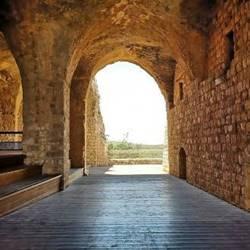 חדר במבצר - A room in the fortress